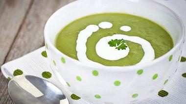 Neue Suppen-Rezepte zum Abnehmen - Foto: kajakiki / iStock