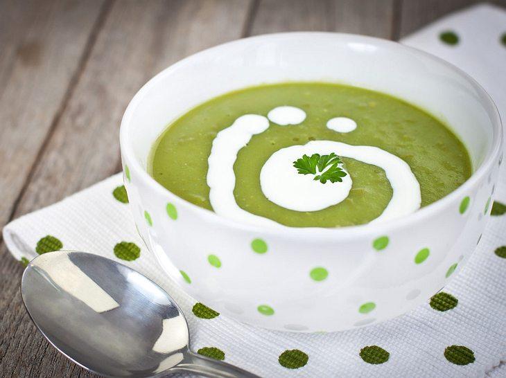 Neue Suppen-Rezepte zum Abnehmen