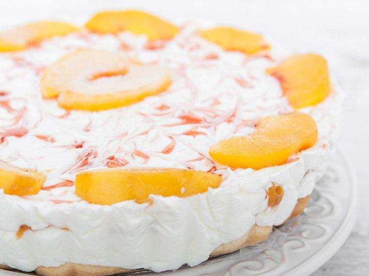 Schmandtorte mit Pfirsichen: Das Rezept zum Selberbacken
