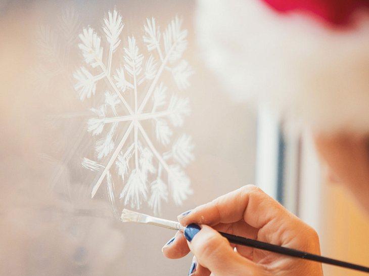 Fensterbilder zu Weihnachten: Tolle Ideen zum Selbermachen| Liebenswert