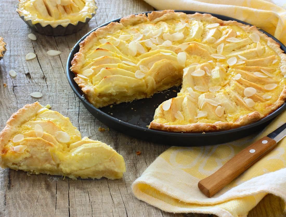 Schneller Apfelkuchen ohne Zucker.