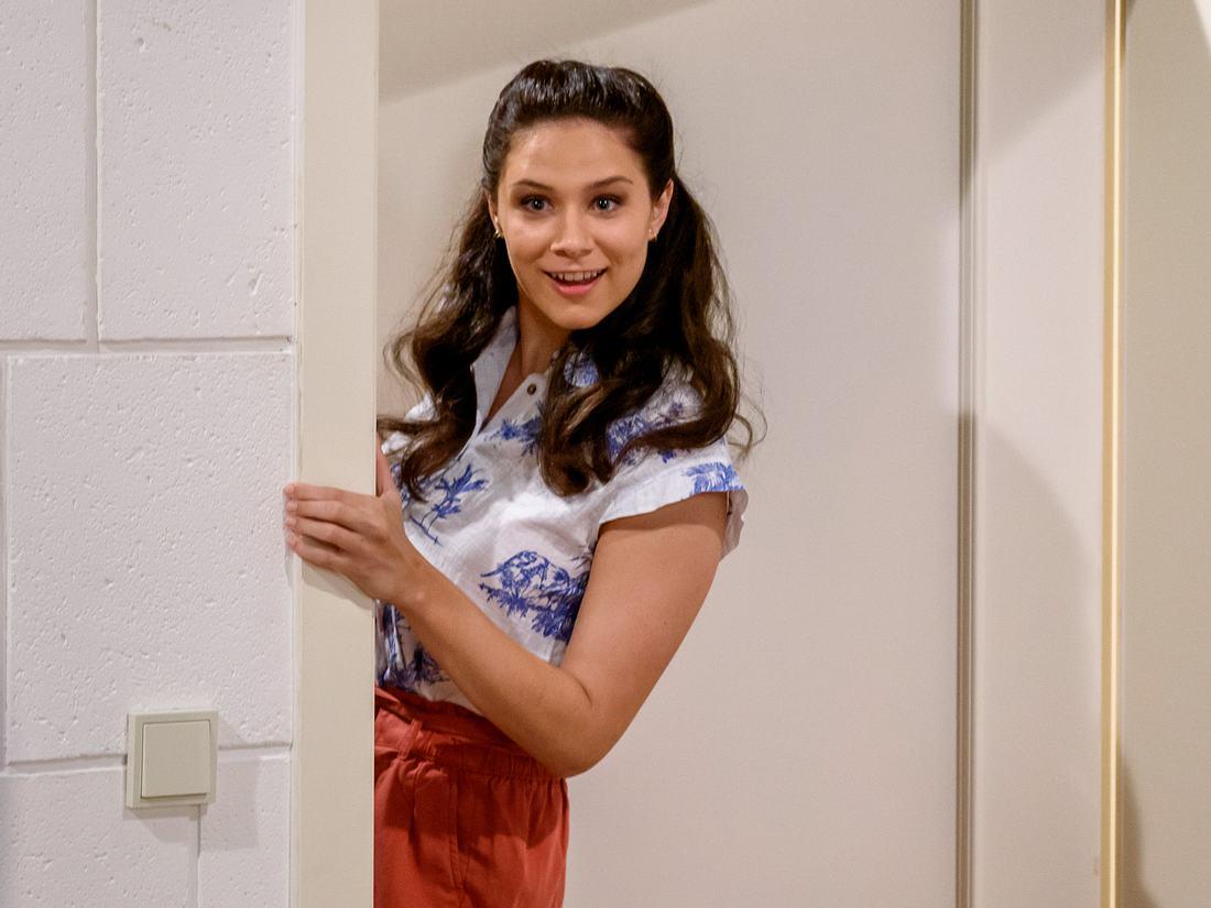 Denise Saalfeld wird von Helen Barke gespielt.