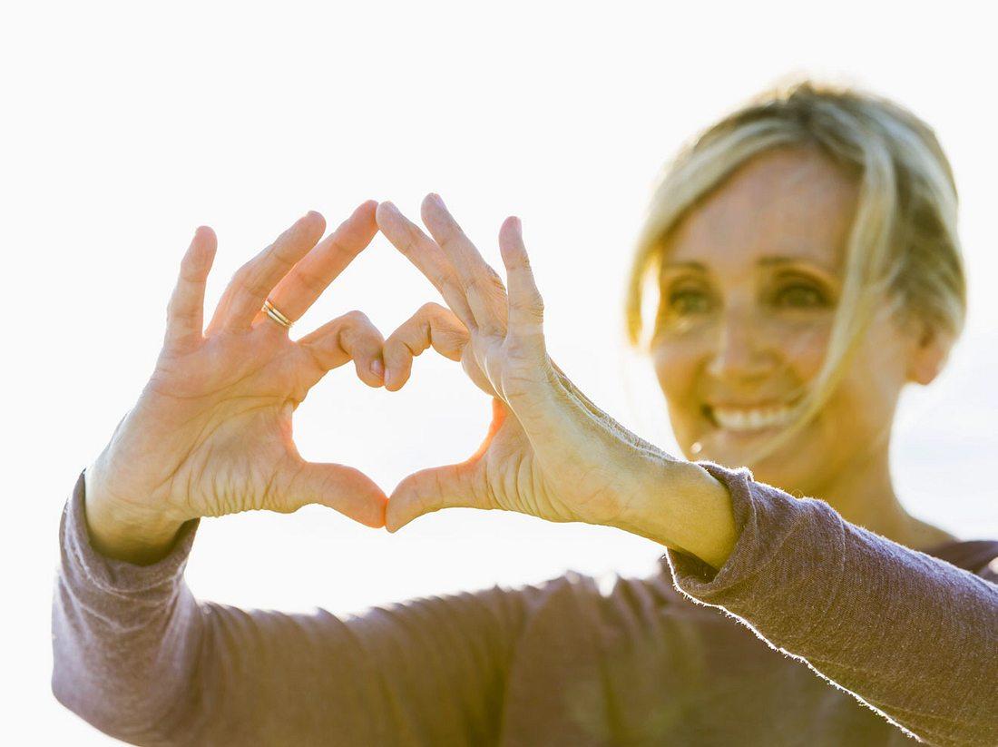Lieben Sie das Leben und stärken Sie Ihr Selbstwertgefühl - auch ohne Partner.