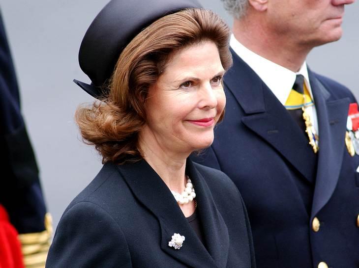 Silvia von Schweden auf der Beerdigung von Queen Mum.
