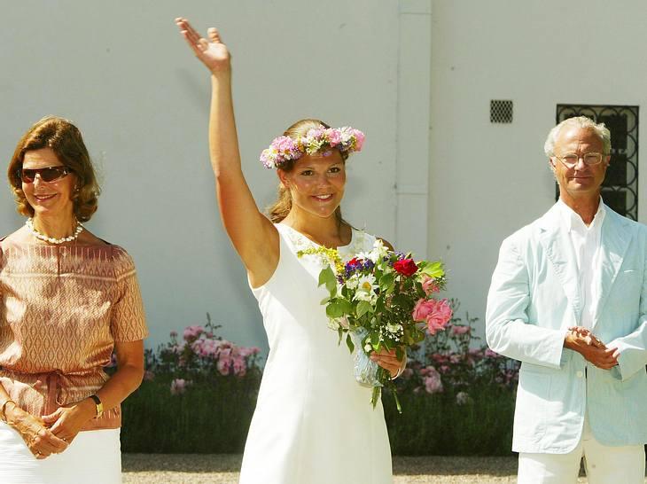 Kronprinzessin Victoria mit ihren Eltern Silvia und Carl Gustaf an ihrem 26. Geburtstag.