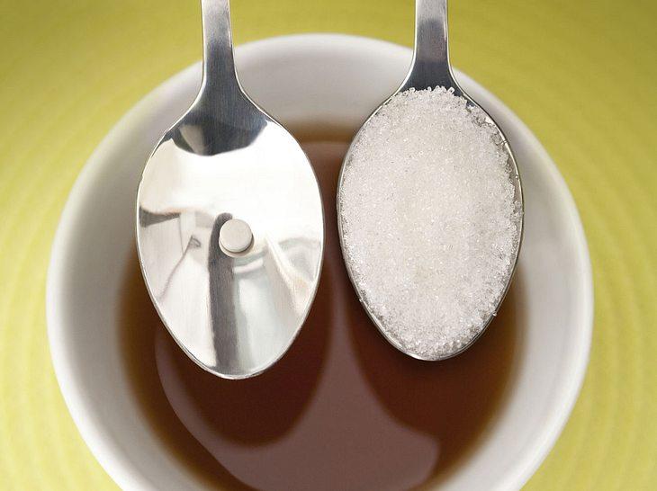 Sorbitintoleranz: Bauchschmerzen durch Zuckeraustauschstoff