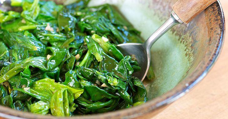 So gesund ist Spinat.