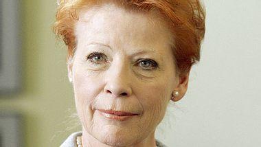 Die beliebte Theater-, Film- und Fernseh-Schauspielerin Renate Schroeter ist tot. - Foto: imago / Scherf