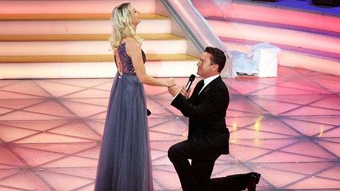 Stefan Mross machte Anna-Carina einen öffentlichen Heiratsantrag. - Foto:  Tristar Media / Kontributor / Getty Images