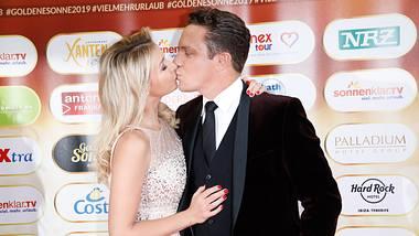 Stefan Mross und Anna-Carina Woitschack haben im Juni 2020 geheiratet. - Foto:  Tristar Media / Kontributor / Getty Images