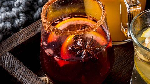 3 Rezepte: Frucht-Punsch