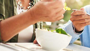 Verjüngen Sie Ihren Stoffwechsel - mit diesem Ernährungsplan - Foto: Tassii / iStock