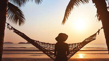 Studienreisen sind die perfekte Kombination aus Reisen und Bildung. - Foto: anyaberkut / iStock