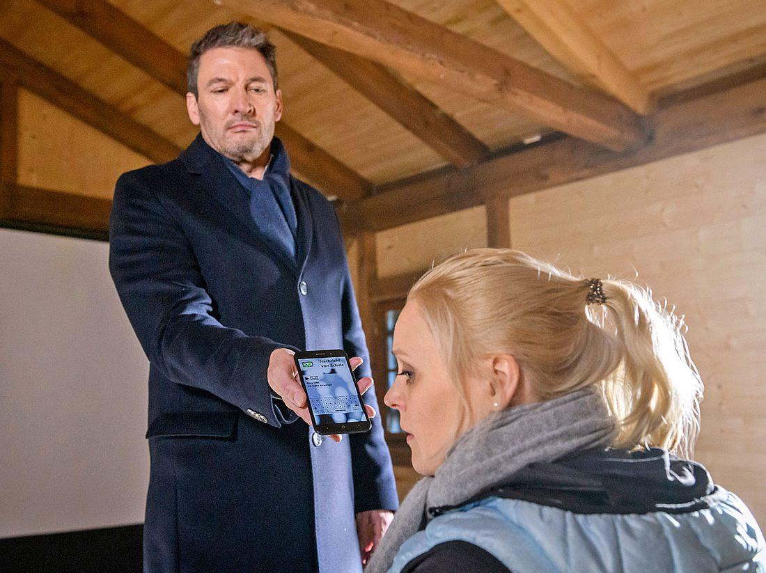 Christoph erfährt bei Sturm der Liebe, dass Annabelle ihn angelogen hat - Dr. Borg lebt!