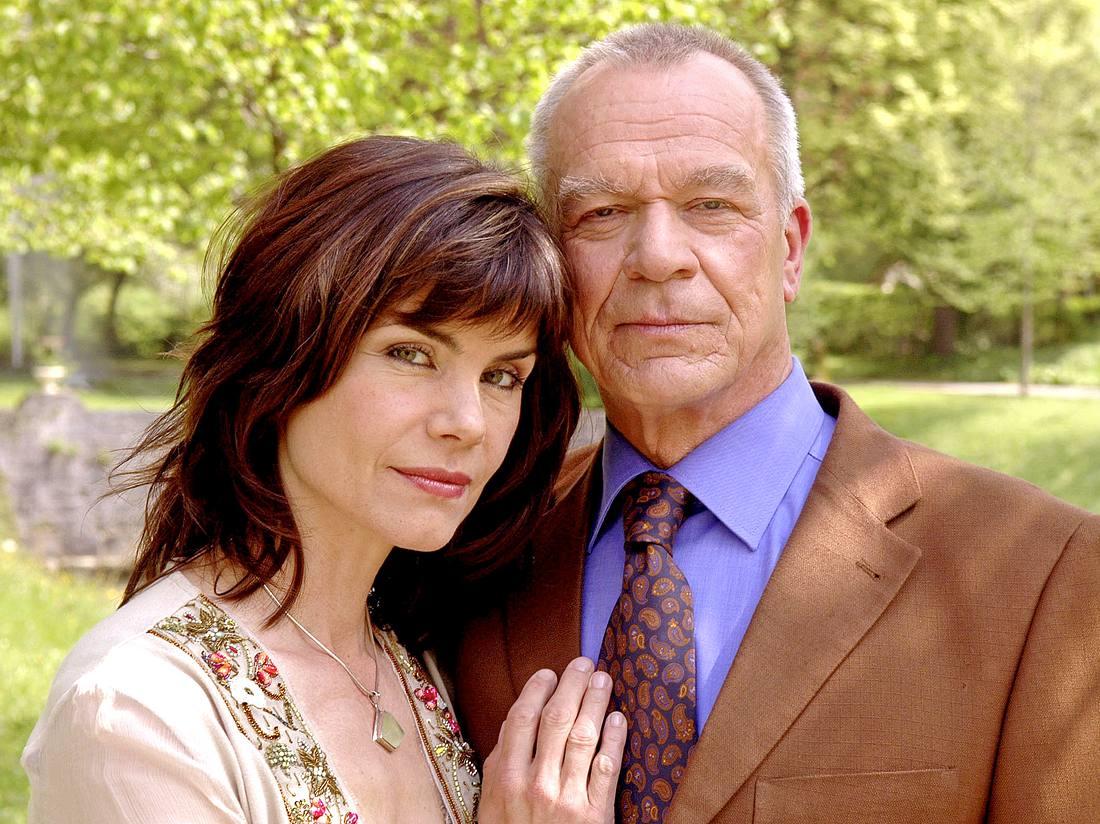 Sie liebten und sie hassten sich: Barbara (Nicola Tiggeler) und Werner (Dirk Galuba) bei 'Sturm der Liebe'.