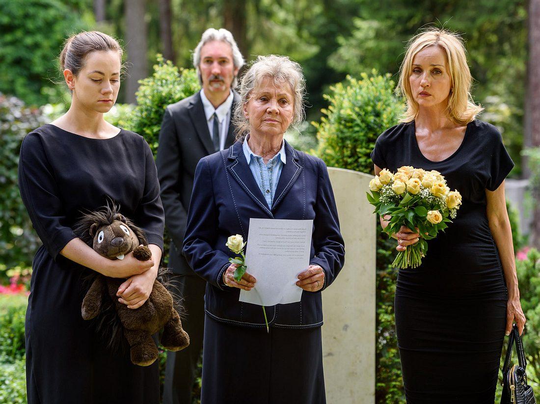 Sturm der Liebe: Höchstemotionale Szenen bei der Beerdigung