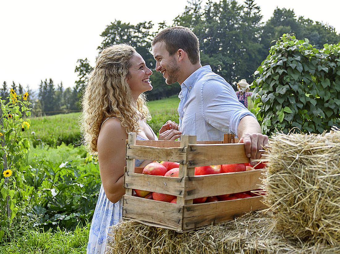 In Staffel 16 von Sturm der Liebe finden Franzi und Tim zueinander.