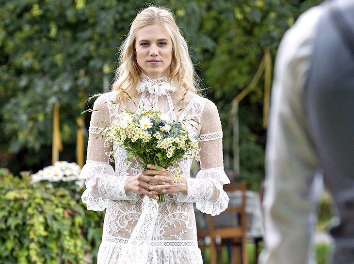 Bei Sturm der Liebe heiraten jetzt Alicia und Viktor.