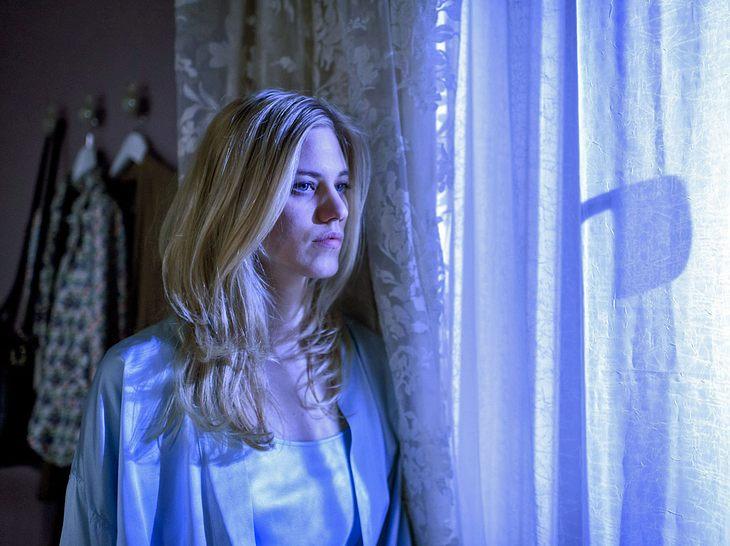 Wird Alicia (Larissa Marolt) den Fürstenhof verlassen?