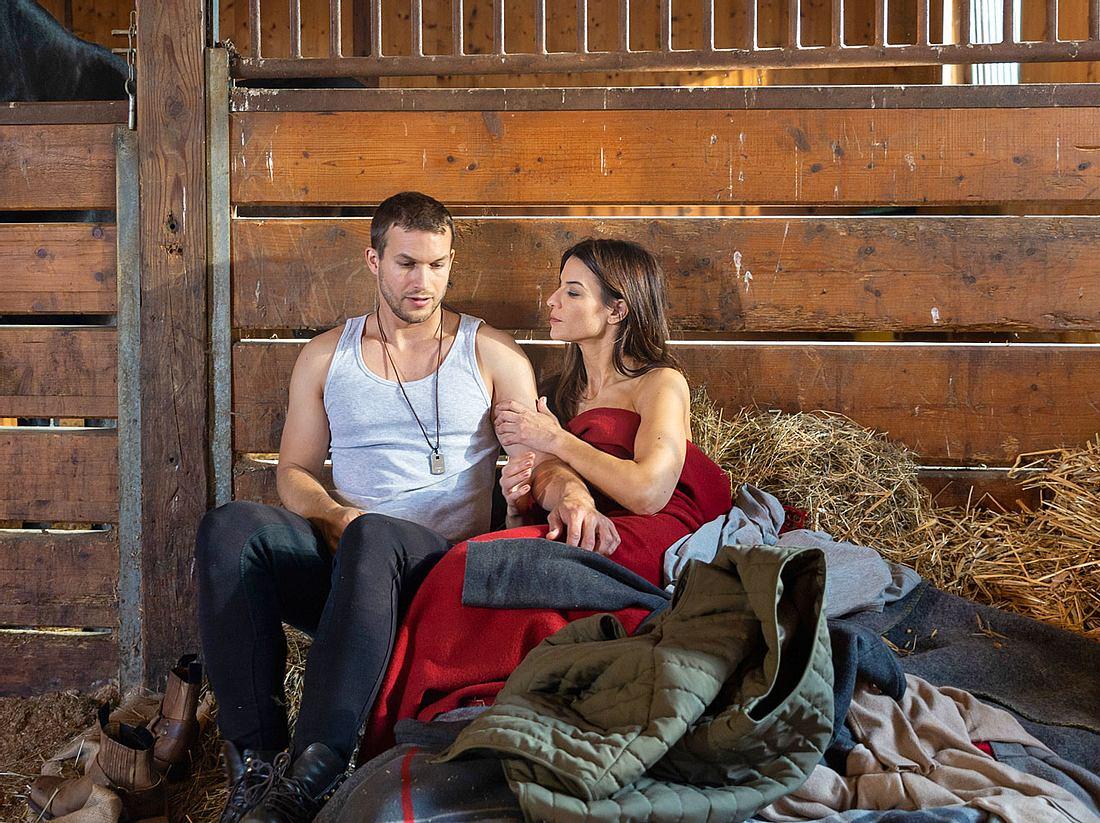 Nadja Holler, die Tim für sich gewinnen will, sorgt am Fürstenhof von Sturm der Liebe für eine Extraportion Drama.