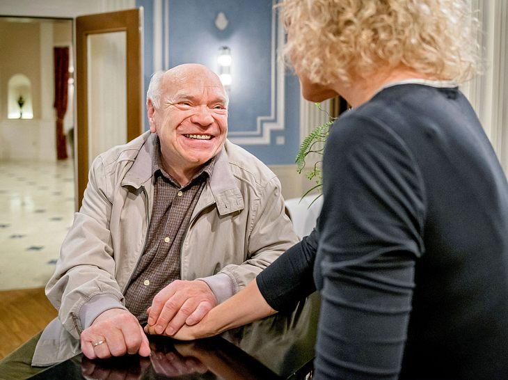 Natascha bekommt bei Sturm der Liebe Besuch von ihrem Vater Walter.