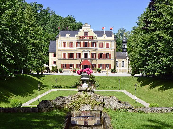 Droht schon wieder ein Abschied am Fürstenhof?