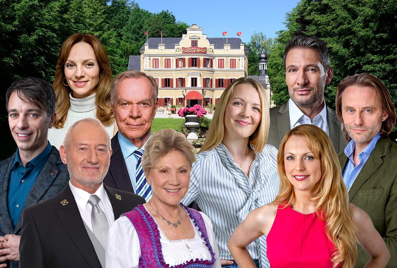 Der Fürstenhof von 'Sturm der Liebe' mit Hauptdarsteller*innen der Serie.