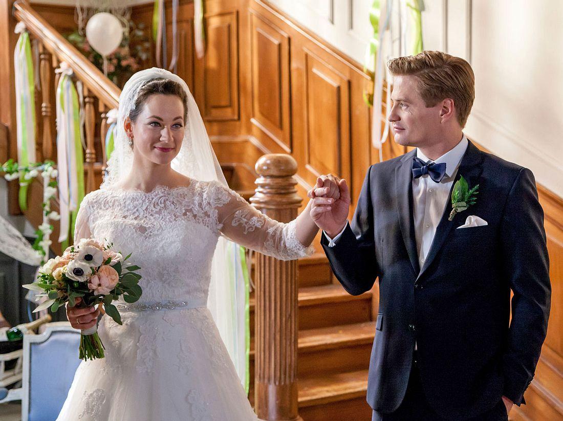 Tinas Hochzeit mit Ragnar sorgt bei Sturm der Liebe für Überraschungen.