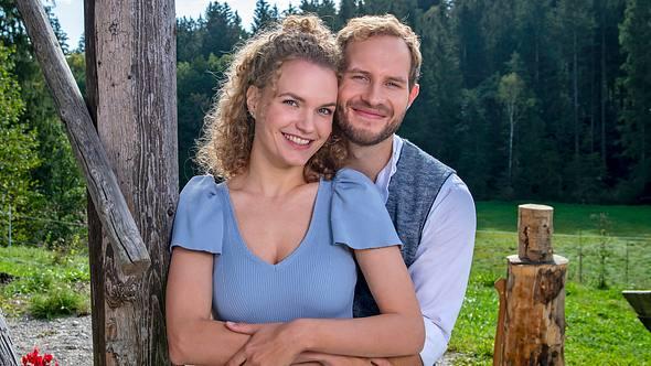 Maja von Thalheim (Christina Arends) und Florian Vogt (Arne Löber) sind das Traumpaar der 17. Staffel Sturm der Liebe. - Foto: ARD/Christof Arnold