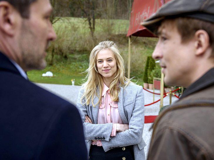 Wird Alicia (Larissa Marolt) sich endlich zwischen Christoph (Dieter Bach) und Viktor (Sebastian Fischer) entscheiden?