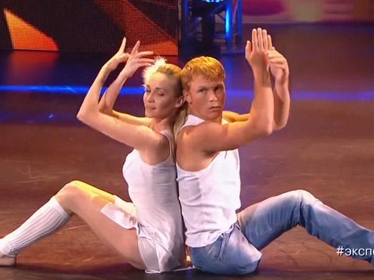 Bei einer Talent-Show begeistert ein Tänzer mit einem Bein.