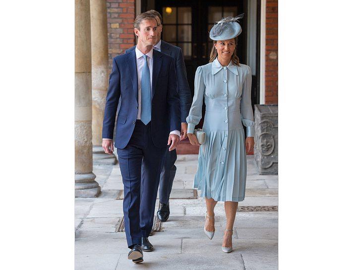 Auch Pippa Middleton und Ehemann James Matthews waren bei der Taufe von Louis.