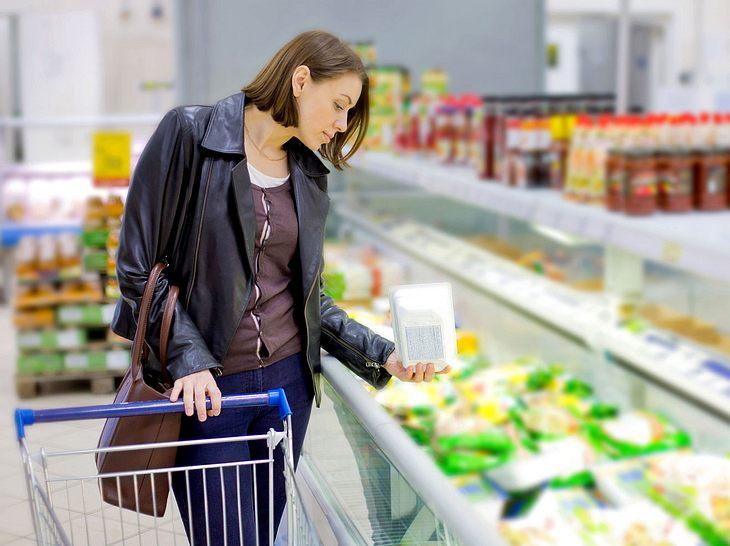 Darauf sollten Sie beim Kauf von Tiefkühlkost achten.