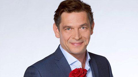 Tom Mikulla als Cornelius Merz bei Rote Rosen - Foto: ARD / Thorsten Jander