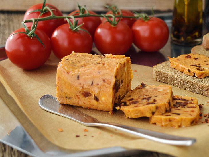 Tomatenbutter einfach selber machen.