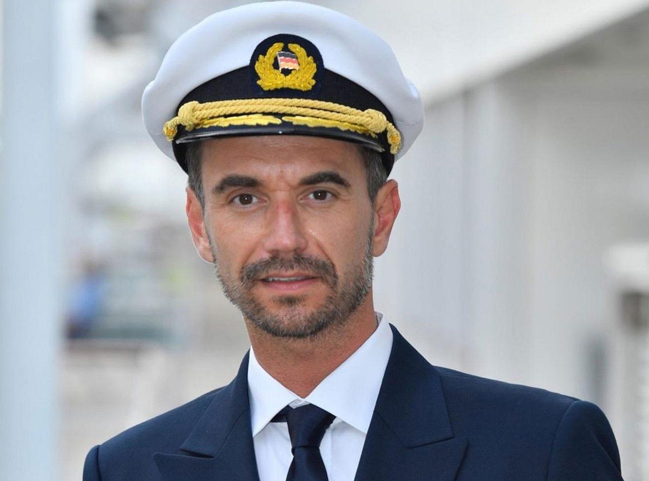 Florian Silbereisen als Kapitän Max Parger auf dem 'Traumschiff'.