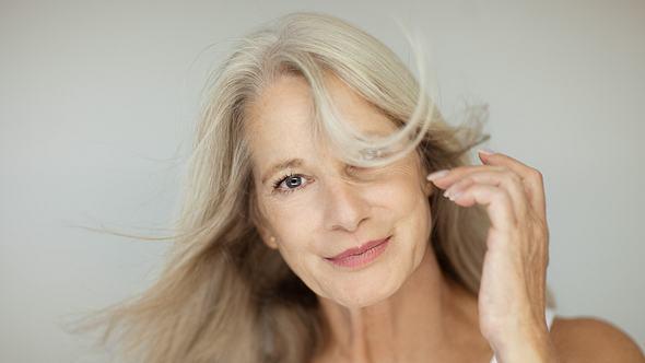 Frau mit schönen Haaren  - Foto: iStock/piolka