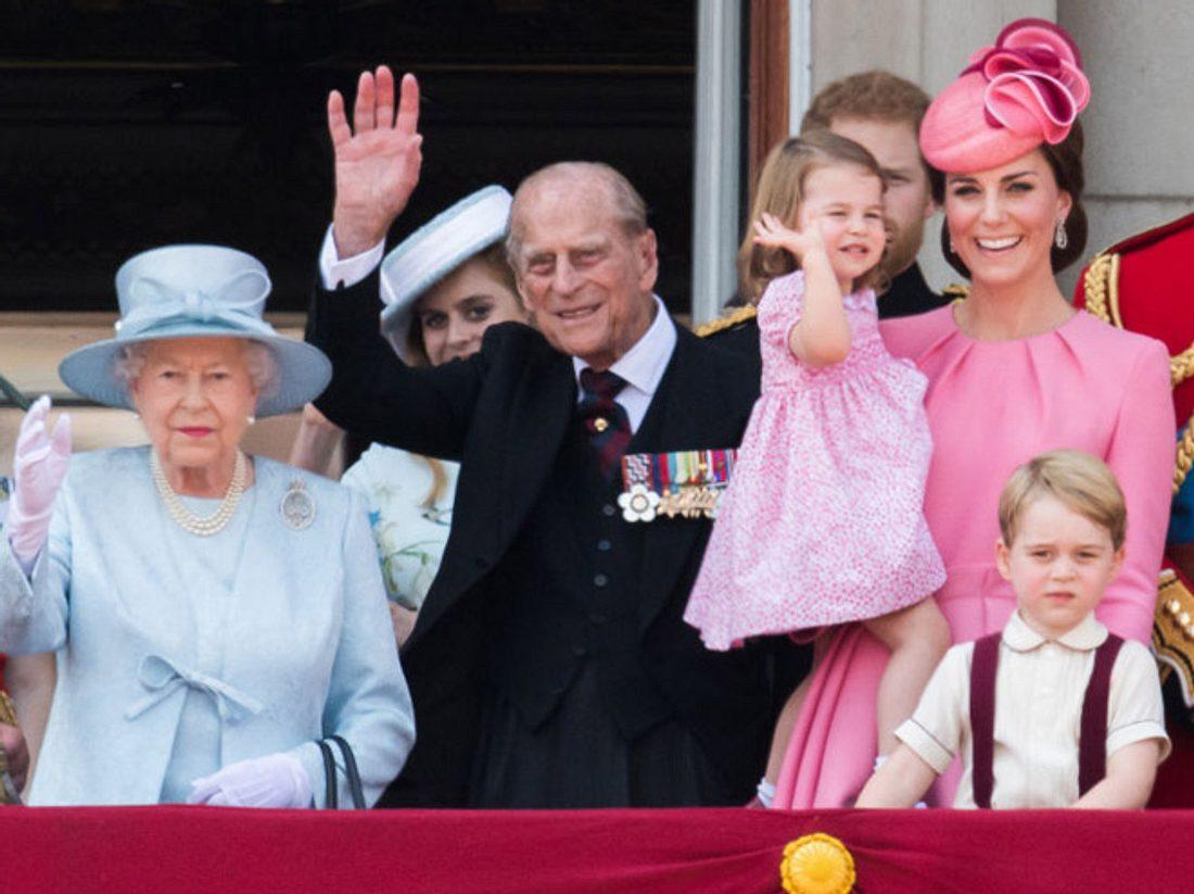 George & Charlotte stehlen Queen die Schau