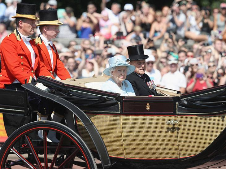 Queen Elizabeth bei Trooping the Colour 2017.