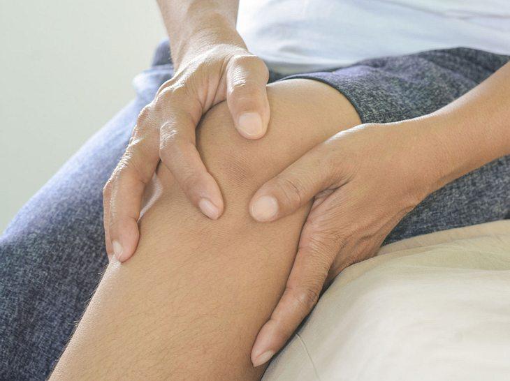 3 Übungen fürs Knie zur Schmerzentlastung
