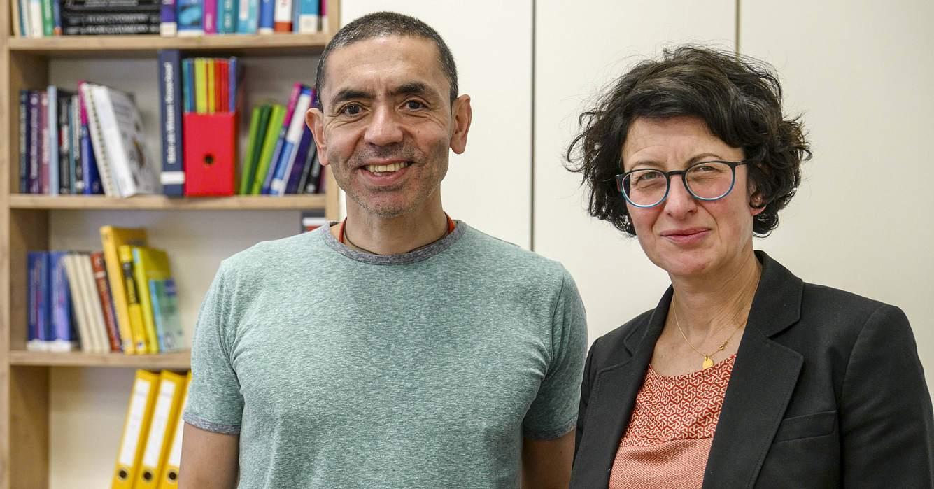 Die Wissenschaftler Prof. Dr. med. Uğur Şahin und Dr. Özlem Türeci.