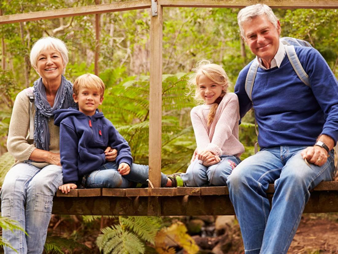So planen Sie den ersten Urlaub mit den Enkelkindern.