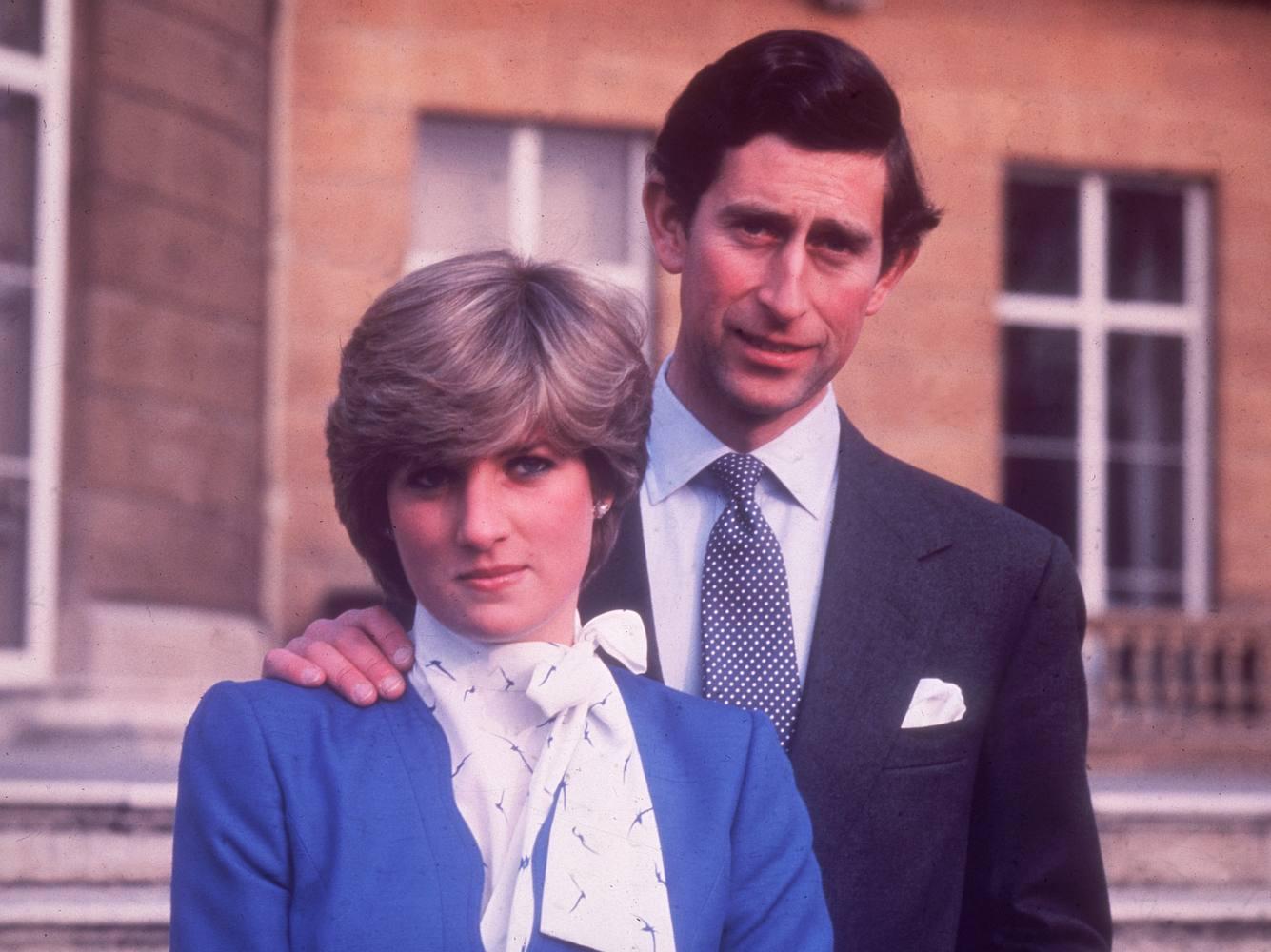 Verlobungsfoto von Prinz Charles und Lady Diana.