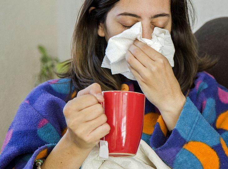 Wirksame Hausmittel bei verstopfter Nase.