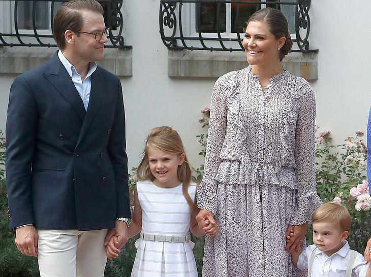 Victoria von Schweden mit ihrem Mann Daniel und ihren Kindern Estelle und Oscar.