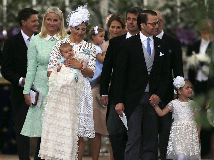 Victoria von Schweden bei der Taufe ihres Sohnes Oscar.