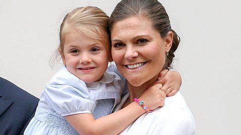 Kronprinzessin Victoria von Schweden kann ihre Mutterrolle nicht immer so genießen, wie sie es gern tun würde. - Foto: Luca Teuchmann / WireImage