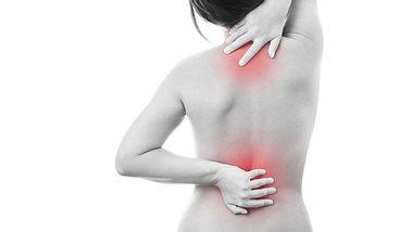 Was Sie tun können bei Rückenschmerzen.  - Foto: Staras/iStock