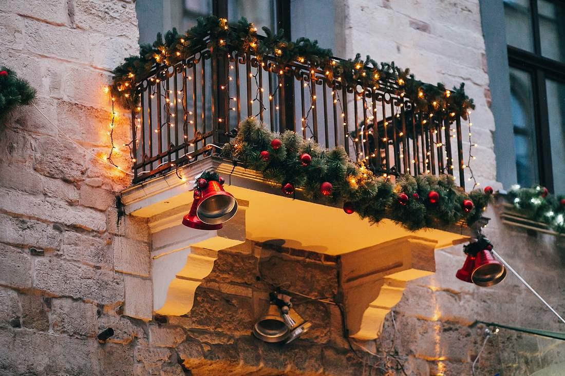 Weihnachtsdeko für den Balkon.