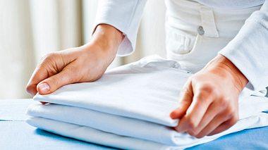 Glatte Wäsche ohne bügeln - so gehts!